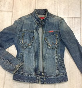Джинсовая куртка, стильная