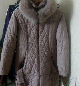 Пальто демисезонное б/у для девочки.