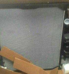 Радиатор системы охлаждения на МАН