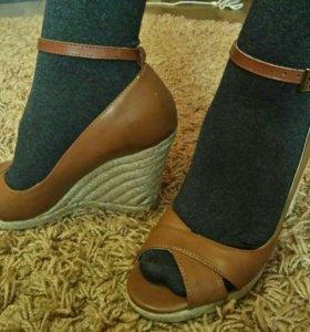 Новые туфельки, р-р 37-38