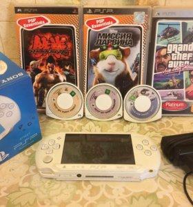 SONY PSP-E1008iw+6 игр