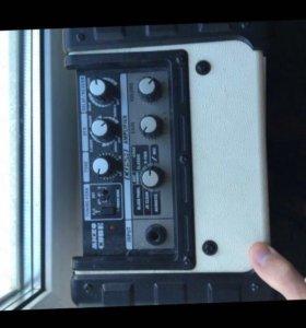 Комбик Roland Micro Cube