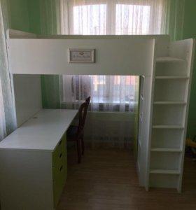 Детская кровать, стол IKEA
