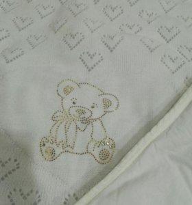 Одеялко, плед, покрывало а детскую кроватку
