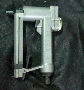 Воздушный степлер