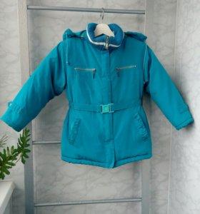 Зимняя очень тёплая  куртка на девочку 5 лет
