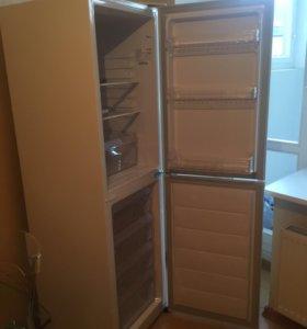 Холодильник Daewoo RN271-NPW