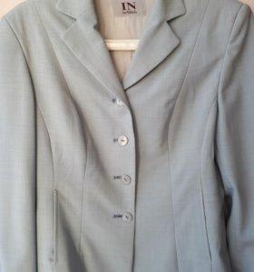 Пиджак женский р.46 шерсть