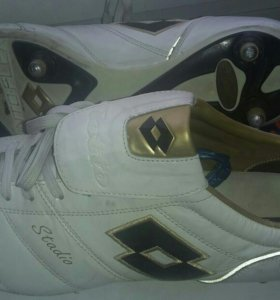 Бутсы Adidas 43р.