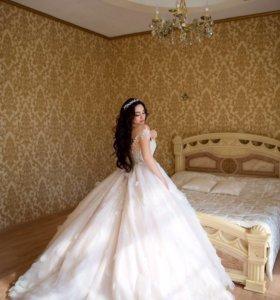 Свадебное платье (свадебный образ)