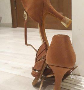 Туфли для бальных танцев р.24,5