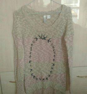 Новый свитер размера М