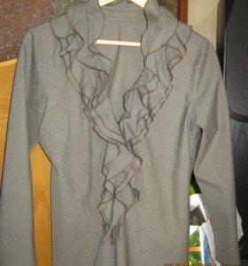 Пиджак с рюшами