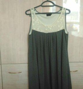 Новое платье размера L