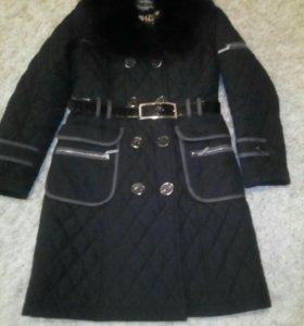 Пальто -44-46 размер.
