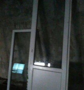 Пластиковая дверь (балконная)