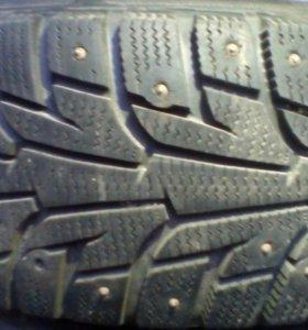 Комплект зимних шипованных колес