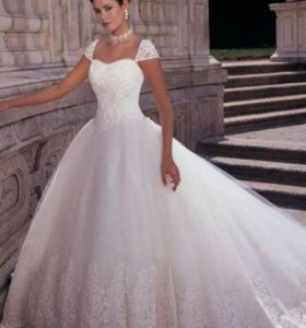Свадебное платье с шубкой на прокат