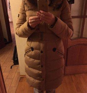 Зимнее женское пальто-пуховик