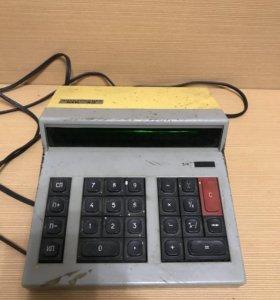 Калькулятор электроника МК-42