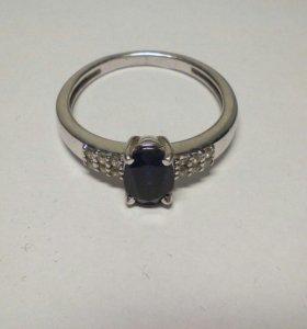 Продам набор: кольцо и серьги. Серебро, сапфир
