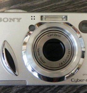 Фотоаппарат Sony Cyber-shot DSC-W7 7.2 мп