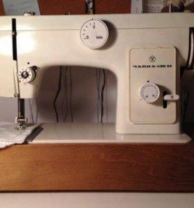 Швейная машина без проводов и педали