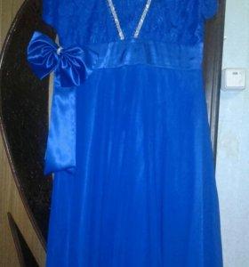 Платье выпускное. (50-52)