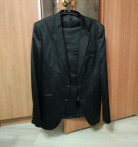 Костюм мужской (брюки+пиджак)