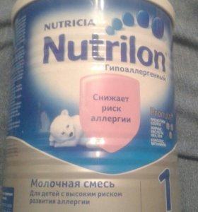 Детская смесь Нутрелон гипоаллергенный1