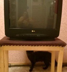 Телевизор LG диагональ 54см