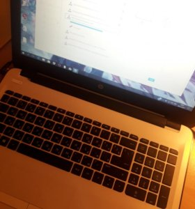 Ноутбук HP 15 15-ay038ur(еще год гарантии)