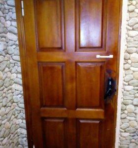 Дверь входная деревянная Б/У.