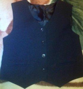 Пиджак и 2 жилетки
