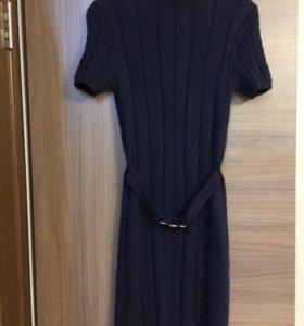 Платье шерстяное, р. 44
