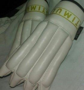 Шлем,перчатки,пояс