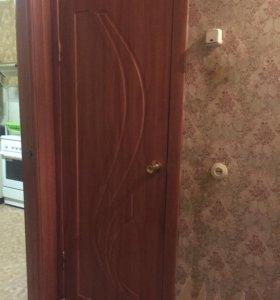Межкомнатные двери(всего месяц им)