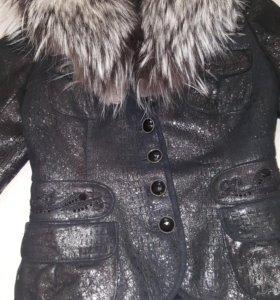 Кожаная куртка с мехом из чернобурки