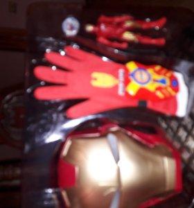 набор супер героя со светящейся маской железного