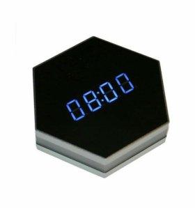 часы с мини HD WIFI камерой Clockcam 006