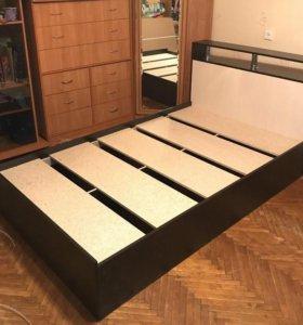 Кровать 120 с полочкой Новая!