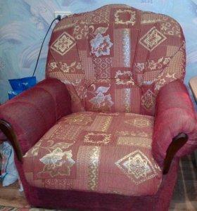 кресла 2 шт..