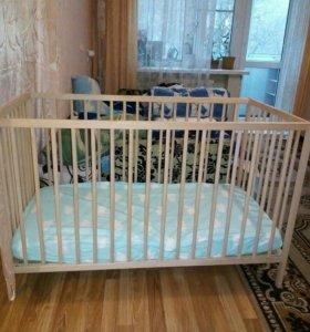 Детская кроватка (ikea )с масрасом