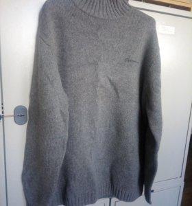 Мужской тёплый свитер.хороший подарок