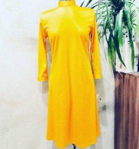 Новое трикотажное платье 44 размера