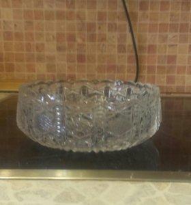Хрустальная ваза. Салатник. Богемское стекло.Чехия
