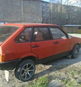 Автомобиль ВАЗ2109