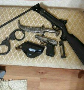 Нож,пневматика, кабура, наручники, всё что на фото