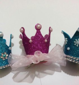 Короны на заколочках