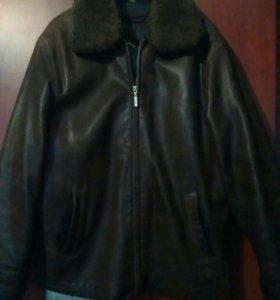 Кожаная  мужская куртка осень-зима